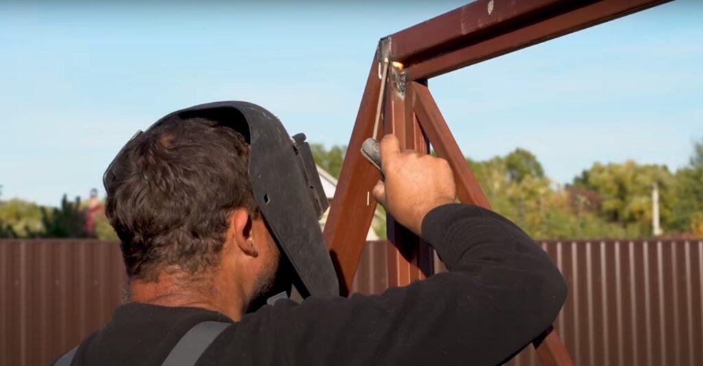 установка откатных ворот своими руками